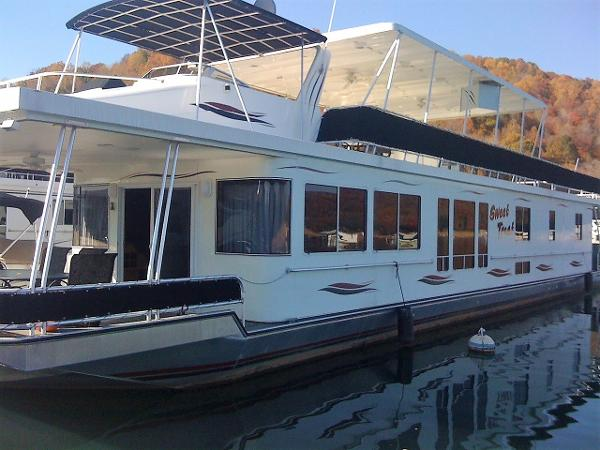 Sunstar 18' x 84' Houseboat