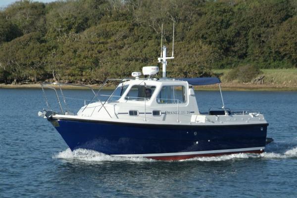 Orkney Pilot House 24 Cruising