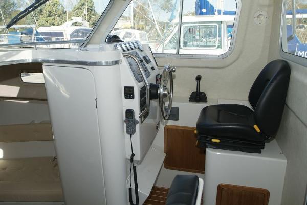 Orkney Pilot House 24 Helm