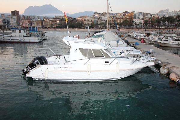 B2 Marine Cap-Ferret 720