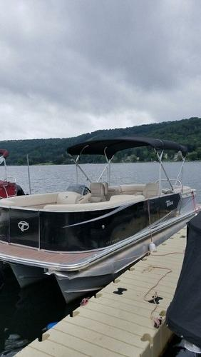 Tahoe Pontoon LTZ Quad Lounge