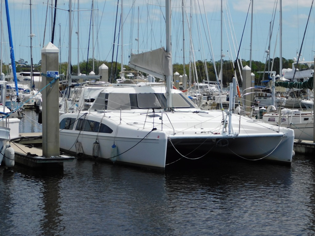 Seawind 1160 001 Seawind 1160 dock side.JPG