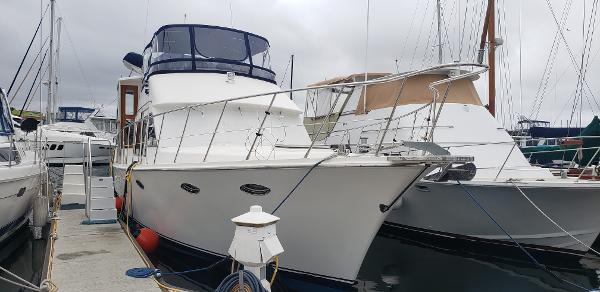 McKinna Sun Deck Motor Yacht