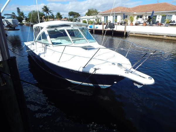 Tiara 2900 Coronet Reef Explorer