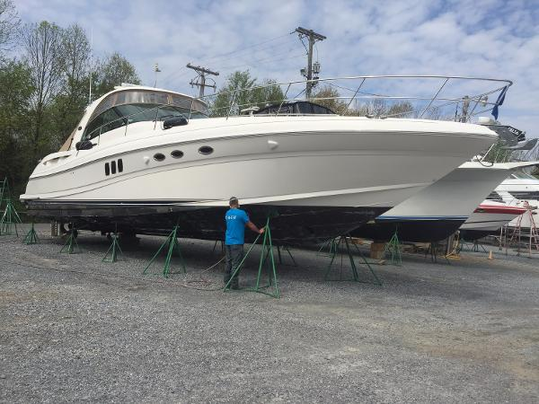 Sea Ray 52 Sundancer New bottom paint underway