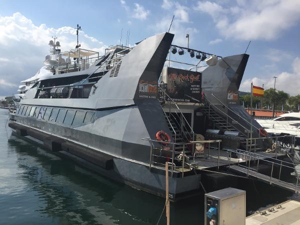 Vittoria Catamaran PASSAGERS