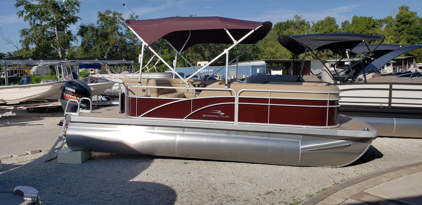 Bennington 20 SL 2T