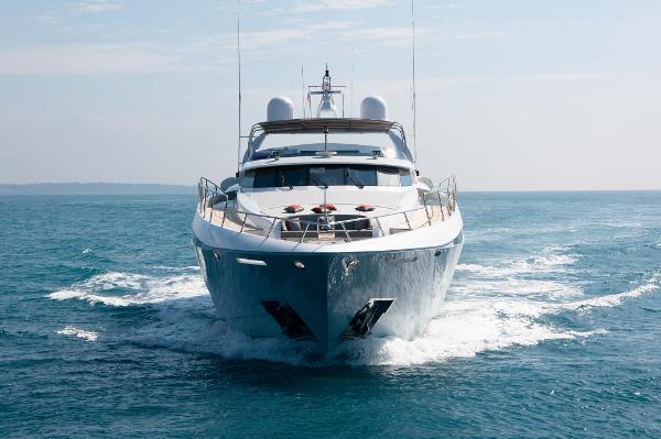 Leight Notika Gems - Fast Motor Yacht