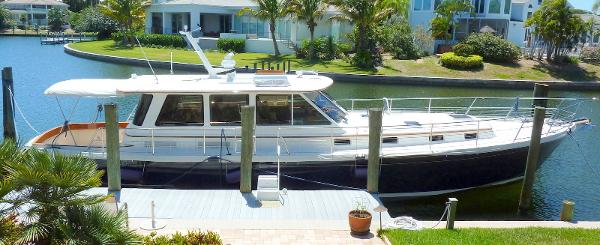Alden Yachts 56 Hard Top Express Dockside