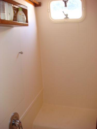 64' Multihull shower