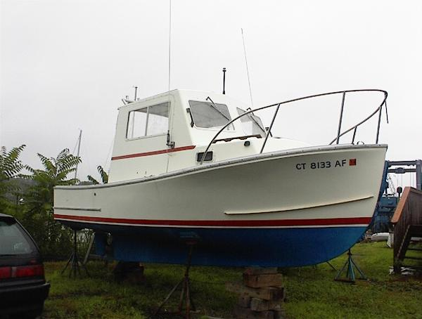 Sisu 22 SISU lobster pilothouse STB BOW
