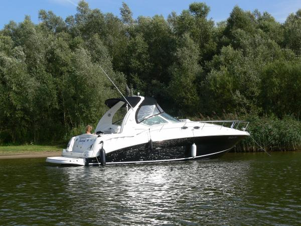 Sea Ray 320 Sundancer