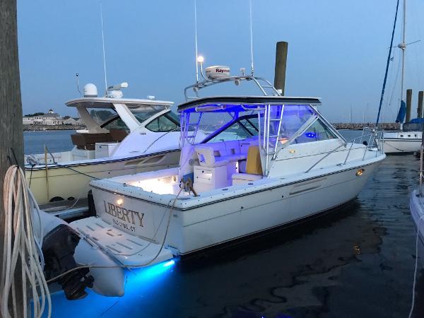 Tiara 2900 Open Starboard Stern