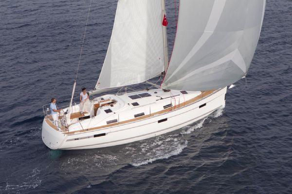 Bavaria 36 Cruiser Cruising