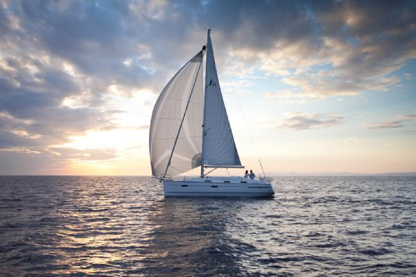 Bavaria 36 Cruiser Under Sail