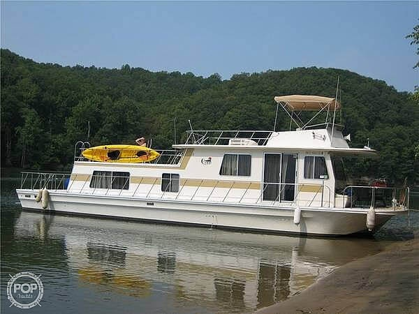 Gibson C Yacht 1985 Gibson 52 for sale in New Johnsonville, TN