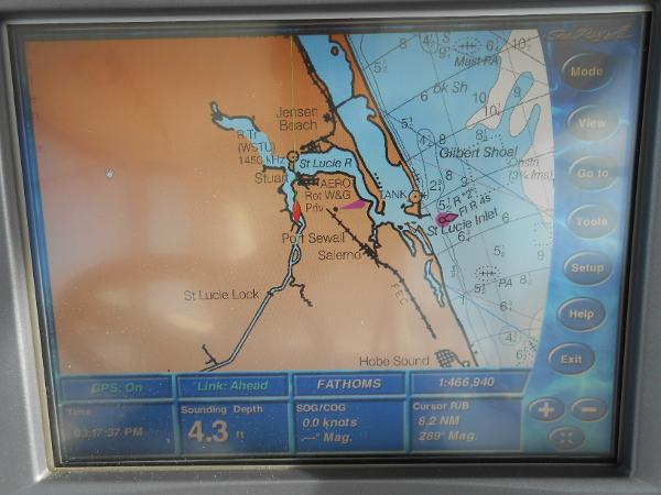 Navigator Touch Screen Chartplotter