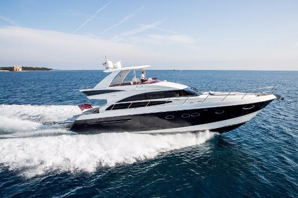 Princess 64 Hardtop and Seakeeper Gyro