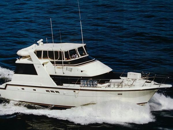 Hatteras 52 Cockpit Motor Yacht