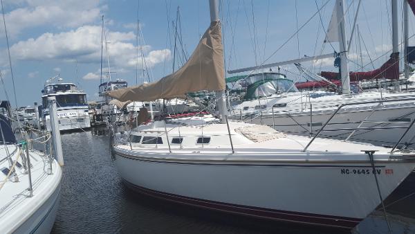 Catalina 30 tall rig 1990