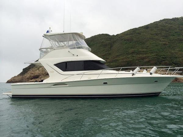Riviera 3850 Riviera 3850 Profile