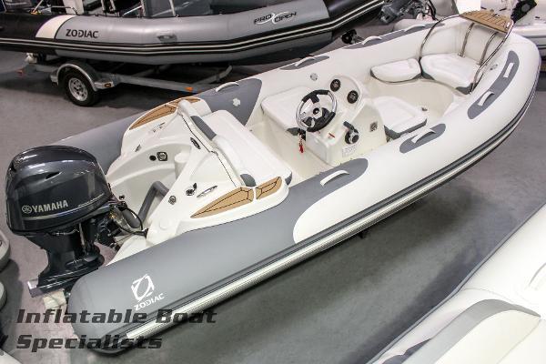 Zodiac Yachtline 470 NEO w/F70
