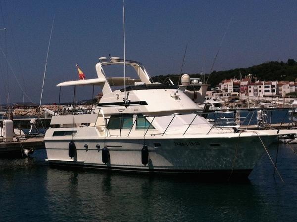 Trawler Hatteras 40