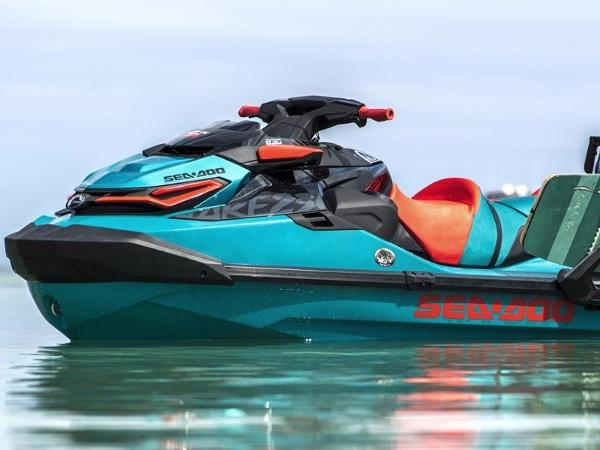 Sea-Doo WAKE™ PRO 230 Sound Sytem