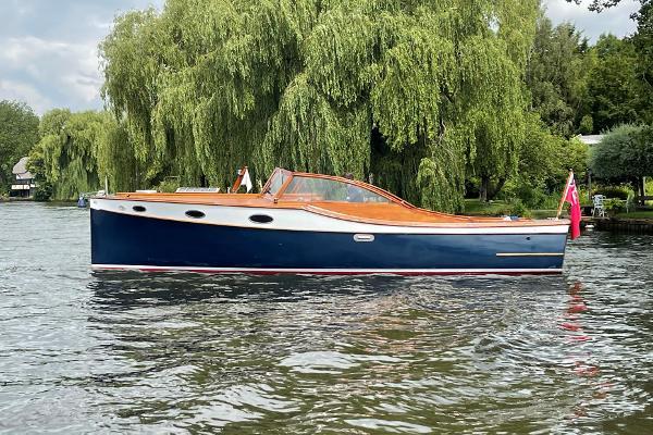 Custom Native Yacht Company