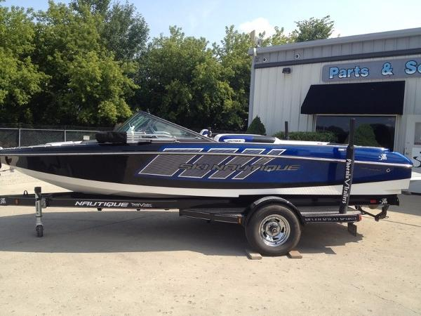 Nautique Ski Nautique 200 Team Edition Open Bow