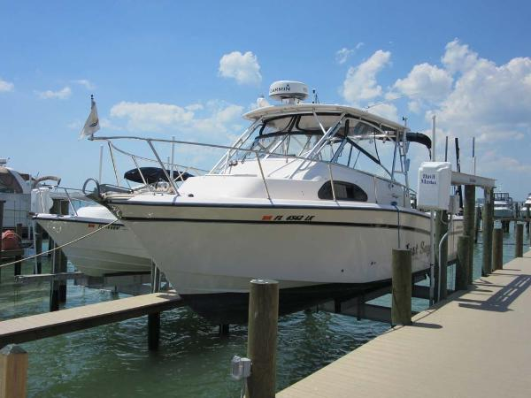 Grady-White Marlin 300 Profile