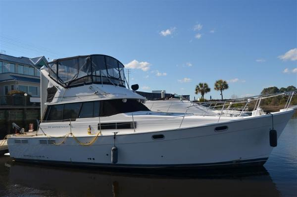 Bayliner 3888 Motoryacht Sedan