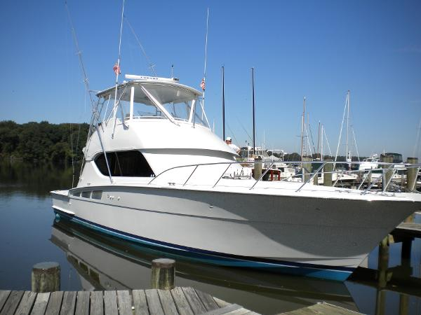 Hatteras 50 Convertible Timeless