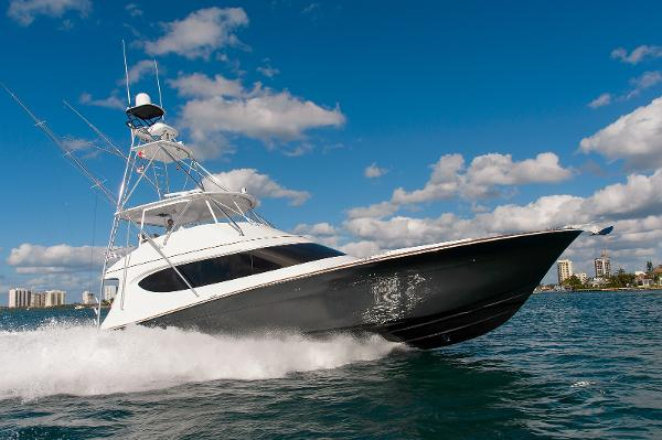 Hatteras GT70 Running profile