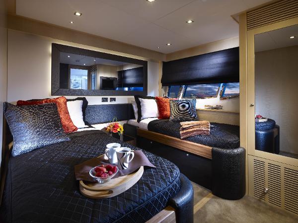 Sunseeker 88 Yacht Twin Cabin