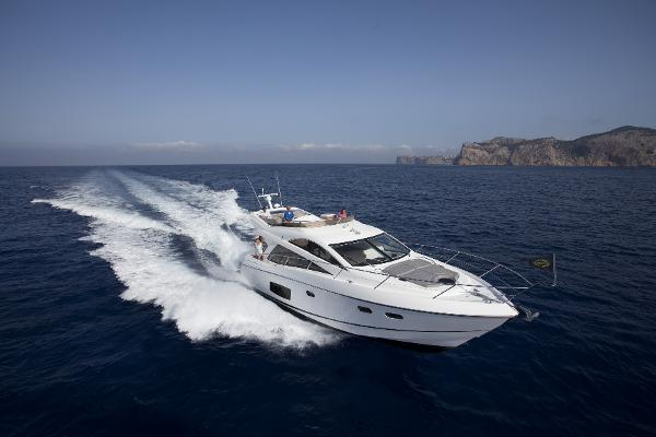 Sunseeker Manhattan 53 Manufacturer Provided Image: Sunseeker Mahattan 53