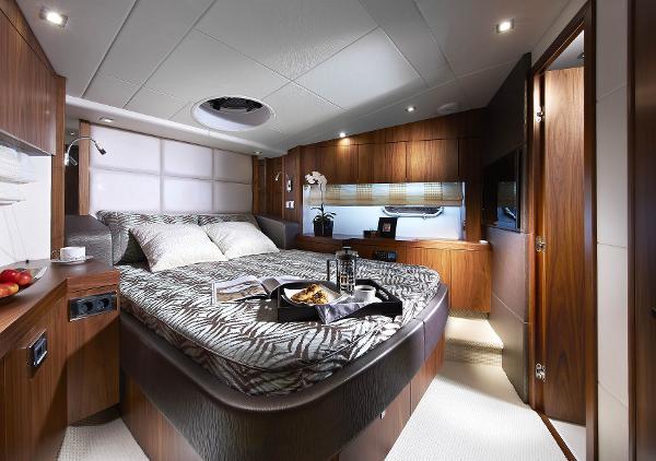 Manufacturer Provided Image: Sunseeker Mahattan 53 Cabin