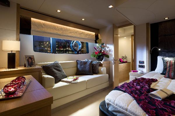Sunseeker Manhattan 63 Cabin