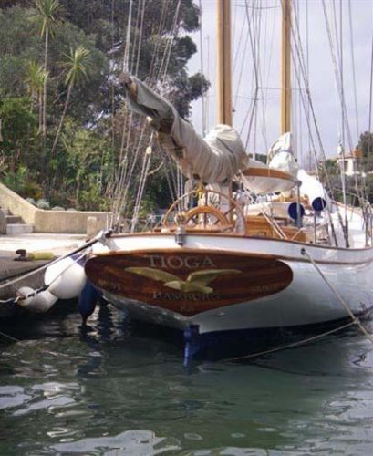 Hinckley Francis Herreshoff ketch Tioga Photo 1