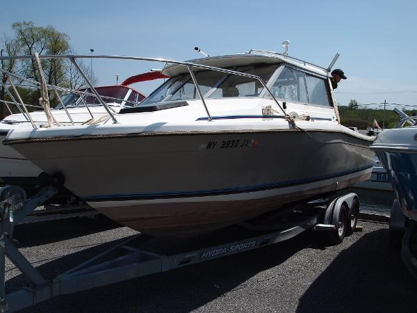 Bayliner Trophy 2460