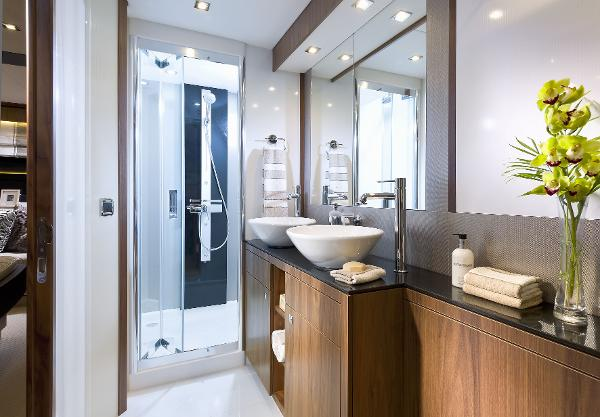 Sunseeker Manhattan 73 Bathroom