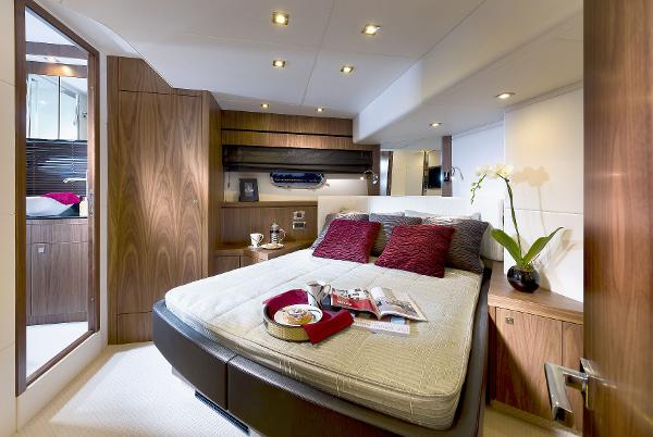 Sunseeker Manhattan 73 Cabin