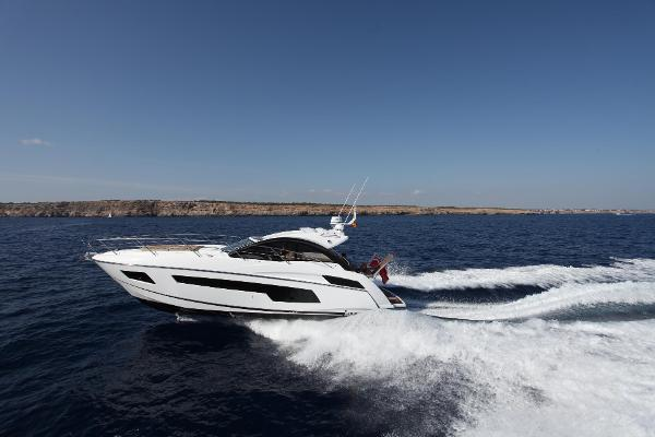 Sunseeker Portofino 40 Manufacturer Provided Image: Thumbnail Sunseeker Portofino 40