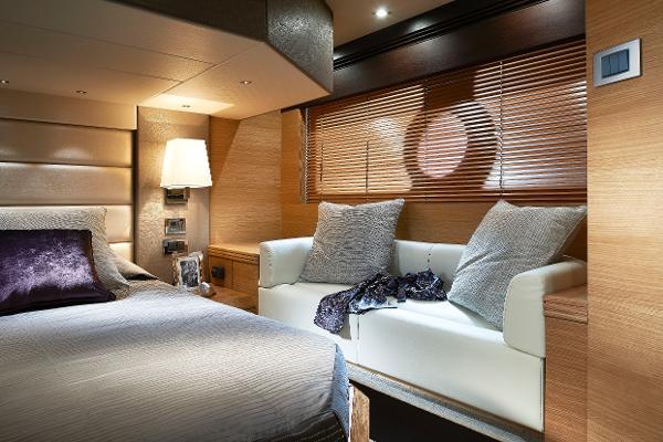 Thumbnail Sunseeker Portofino 40 Cabin