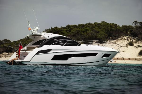 Thumbnail Sunseeker Portofino 40 Side View