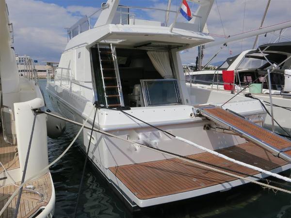 Ferretti 39 Altura  Ferretti Altura  39- Motor Yacht Flybridge