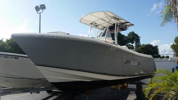Cobia Boats 217 Center Console