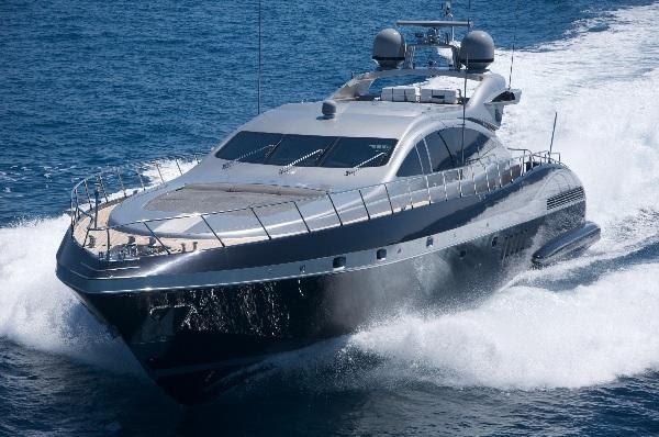 Mangusta 28m Overmarine