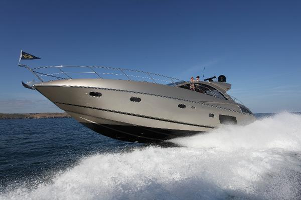 Sunseeker Predator 60 Running Shot