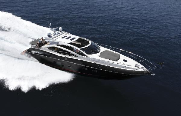 Sunseeker Predator 64 Running Shot